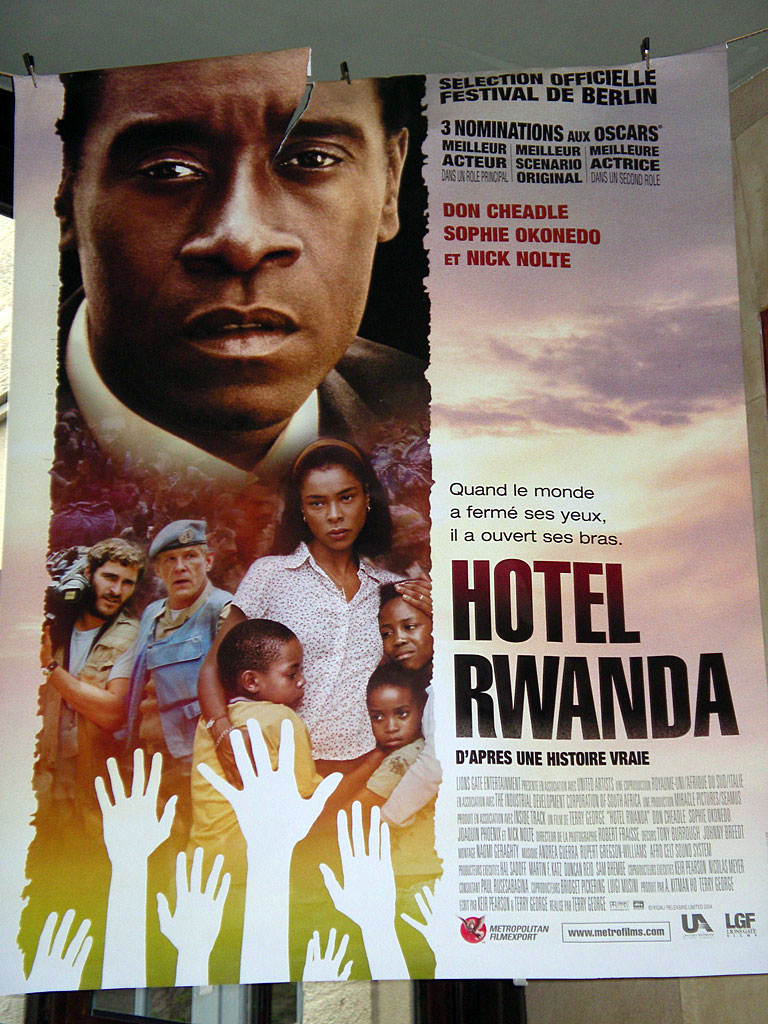 LoveScene#2_HotelRwanda1