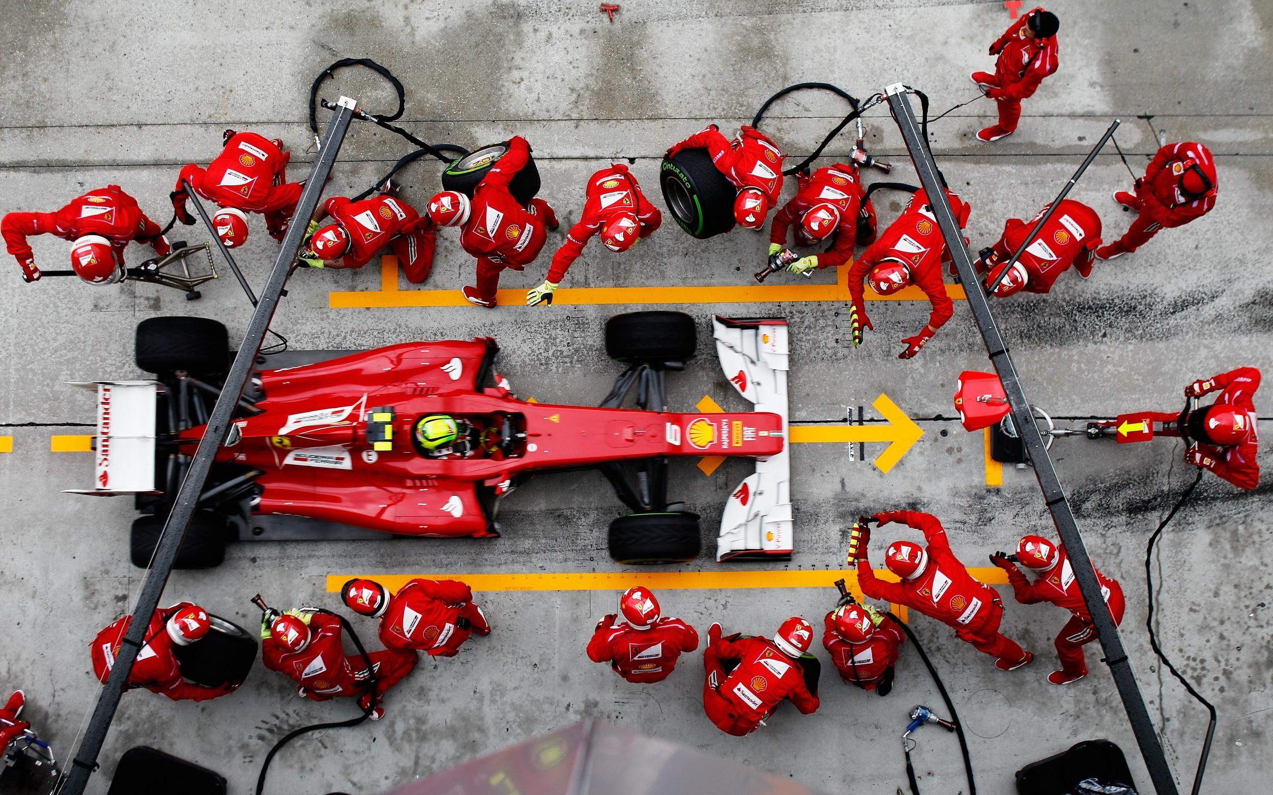 Formula1ChangeTire