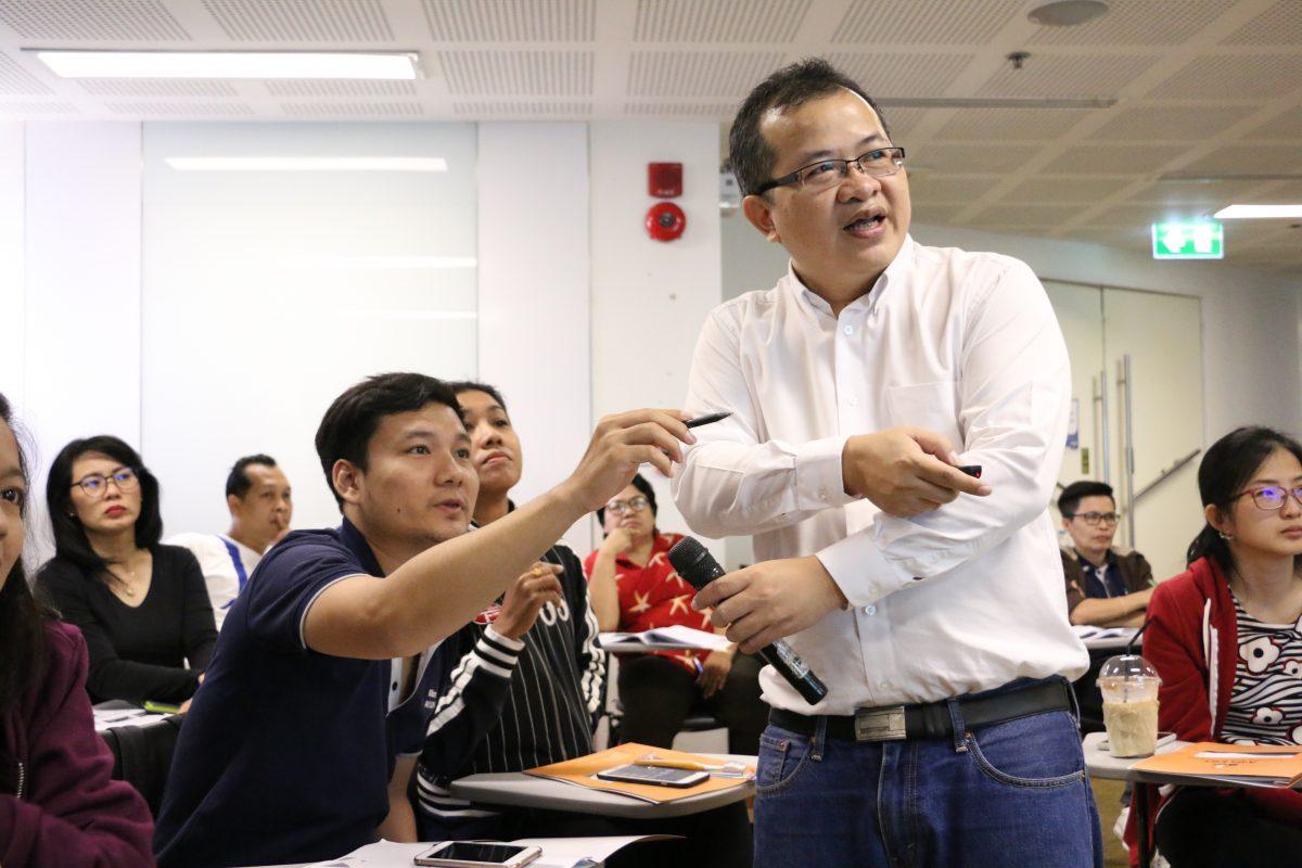 อจารย์ บุญเลิศ คณาธนสาร Alert Learning and Consultant นายเรียนรู้ Analytical Thinking Lean Management